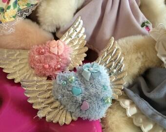 Fuzzy Angel Hearts Fairy Kei Lolita 2-Way Clip Brooch Pin