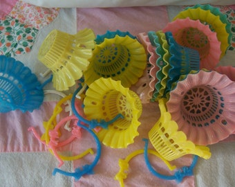 vintage plastic  party cups