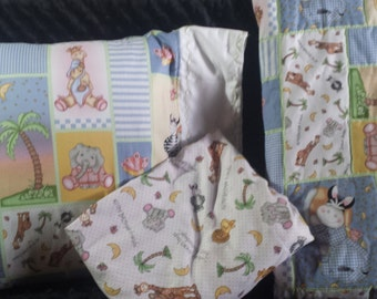 All My BaZoople Friends Crib/Toddler Quilt  Set with fitted sheet and pillow case and pillow