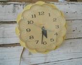 Vintage General Electric Wall Flower Clock