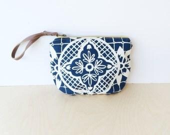 clutch • wrist strap • blue and white print - hand screenprinted geometric floral print - wristlet - zipper pouch • talavera