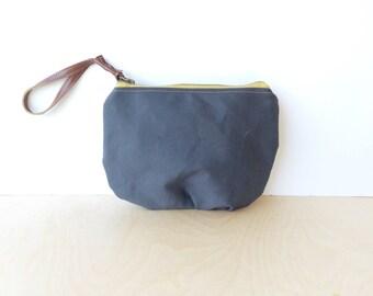 wristlet clutch • slate gray clutch with wrist strap • blue gray canvas - simple wrislet clutch - zipper pouch • scout