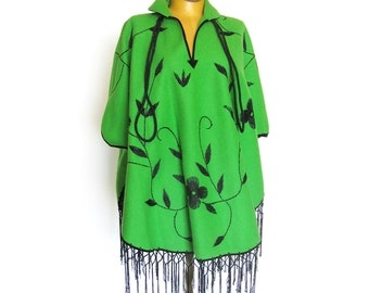 Lime Green Embroidered Poncho Cape With Fringe / Boho Hippie Style / Floral Embroidery