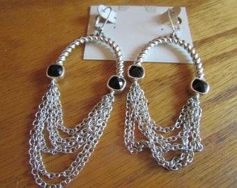 loop chain dangles wires