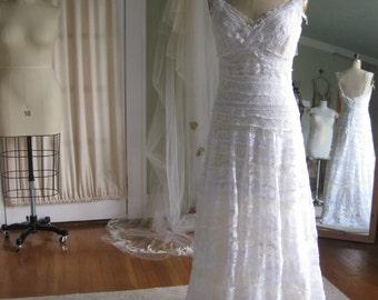 Sculpted Lace Wedding Dress Bridal Gown Beach wedding dress Hippie Wedding dress