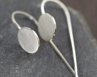 Minimal earrings circle earrings modern earrings disc earrings sterling silver earrings