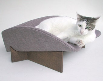 Modern pet bed midcentury boomerang in grey linen look upholstery