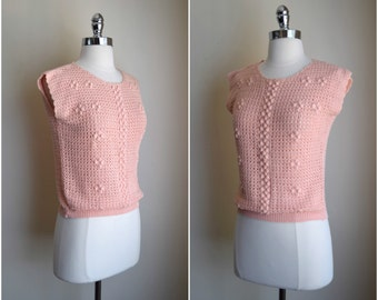 Vintage fitted peach sweater / fitted pullover sweater vest / fitted pullover