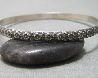 Flower pattern sterling silver bangle bracelet, handmade artisan pattern bangle