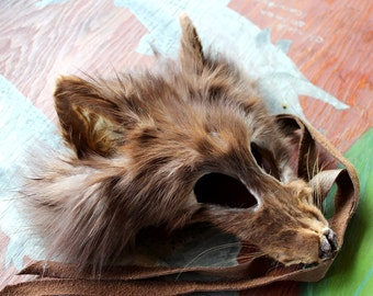 Real eco-friendly cinnamon fox fur mask - shaped and glasses friendly - for ritual, dance, costume and more