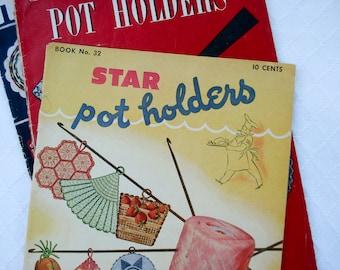 Set of 3 crochet pot holder books - 1940s