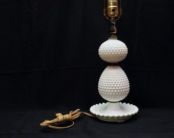 Large hobnail lamp