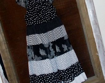 Dress-Black and White Sophisticate -Peasant Style - Size 8/10