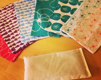 Organic Flaxseed and Lavender Eye Pillow with 7 washable covers