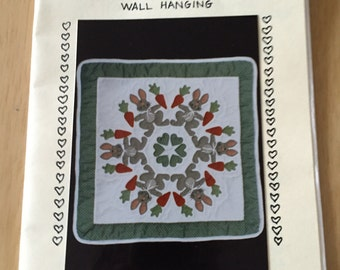 """OOP New 1991 Bunny Quilt/Wall Hanging  23"""" x 23"""" by Lori Notestine"""