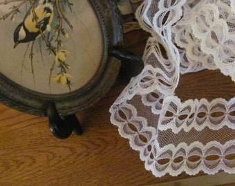 "Older 3""  Wide Art Deco Lace, White  Scalloped Lace 5 Yards"