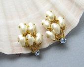 Vintage Pearl Earrings Clip On Felt Brothers E6906