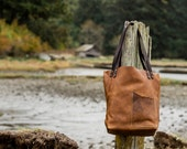 leather tote bag: the legacy tote