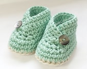 Crochet patterns baby booties shoes unisex boys or girls kimono style baby shoes boots crochet booties pattern