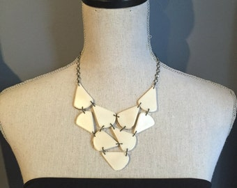 Ivory geometric necklace-OtherColorsAvail