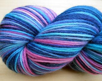 "Sock Yarn ""Aria"" - Hand Dyed Sock Yarn, Hand Dyed Yarn in blue, purple, pink, indigo - fingering weight knitting yarn, soft merino wool yarn"