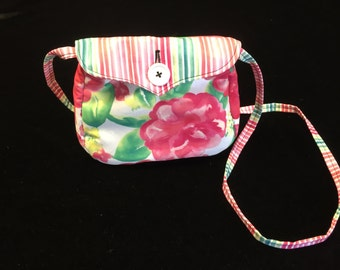 Reversible hipster purse fits 6-adult