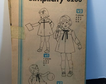 Vintage 70s Simplicity 8280 Girls Retro Dress Sewing Patterns
