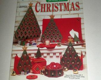 Plastic Canvas Jingle Bell Christmas - Pattern Book - The Needlecraft Shop - Reba P Lance - 9 Glittering Christmas Designs - 7 Count PC