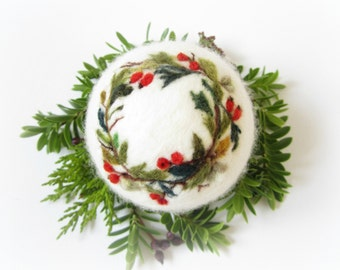 Christmas Ornament,Miniature Art,Wool Decoration,Berries