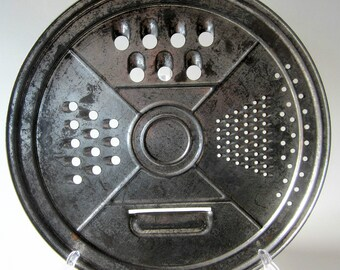 Cheese Vegetable Grater Pie Tin Vintage Primitive Slot Collectible Kitchen Wall Decor Utility Shedder Metal