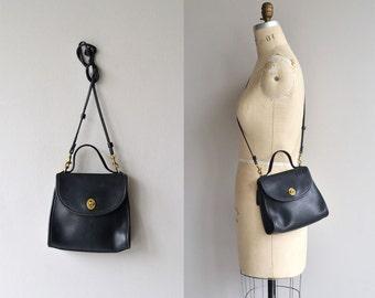 Coach 'Regina' bag | vintage Coach shoulder bag | black Coach purse