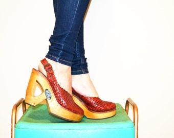 Vintage 1970's Wood Platform Peep Toe Shoe