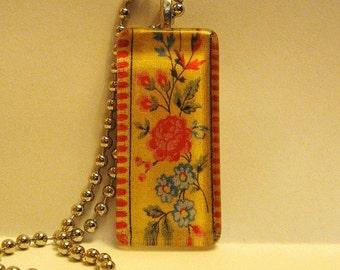 Vera Bradley Style Maison Blue Glass Pendant Necklace - New