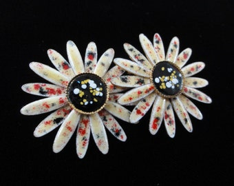 Vintage Daisy Flower Earrings, Enamel Floral Clip-On Earrings- Black Yellow Red Splatter Paint- 3-D Flowers- Vintage 1960s 70s