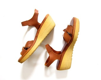 70s Leather Wedges High Heel Platform 80s Sandals Ankle Straps Peep Toes Hipster Boho Rubber Sandals Dells Womens Size 9 Narrow