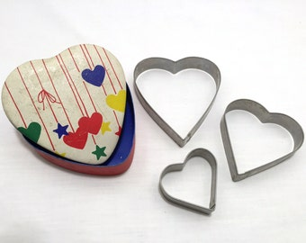Vintage Valentine's Day Cookie Cutter, Vintage Cookie Cutter, Heart Cookies, Valentine Decoration, Baking Cookies, Metal Cutter