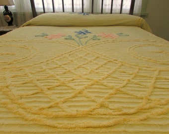 Vintage Chenille Bedspread Butter Yellow with pink blue Flowers Double Full Size