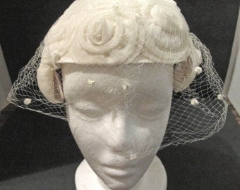Beautiful Cream Chiffon Roses Wedding Cap Net Chiffon Vintage 50's