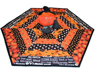Hexagon Halloween Quilted Table Runner with Bats, Pumpkins, Ghosts, Candy Corn, Spiders in Orange and Black