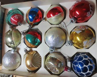 Vintage Lot of 12 Christmas Ornaments Made in Poland USA and Shiny Brite Ornaments A great selection of beatutiful designs and colors