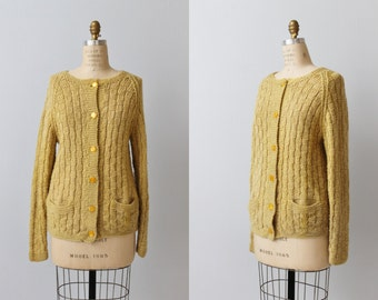 Vintage 1970s Maize Knit Oversized Cardigan Sweater / Basket Weave