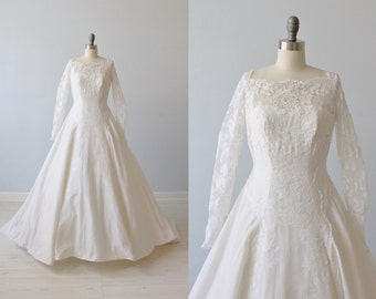 1950s Wedding Dress / Long Sleeves / Ballgown / Modest Wedding Dress / Lace and Taffeta / Emily