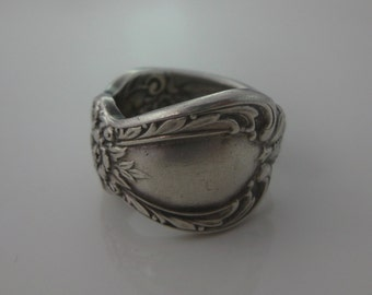 Size 6.5 Vintage Sterling Silver Heritage Floral Pattern Spoon Ring
