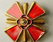 Small Red Enamel Iron Cross on Gold Metal, 1980s Brooch Medieval Crusader, Thrones Game Pin