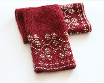 Hand knitted traditional lithuanian beaded woolen wrist warmers - red with glass beads, beaded wrist warmers, lithuanian national costume,