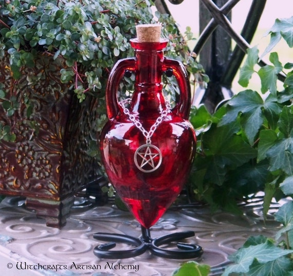 "POWER WITCH™ ""Artisan Alchemist""™ Pentacle Blood Red Amphora Potion Bottle, Enchanting Corked Glass Vessel with Sturdy Metal Stand"