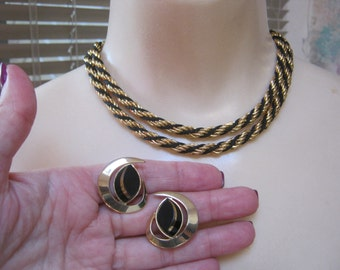 "Vintage black gold braid Trifari necklace, Trifari necklace Sarah Coventry clip earrings, black gold twisted chain, 28"" chain necklace"
