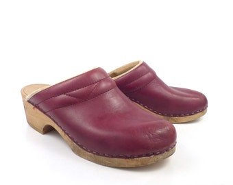 Leather Wooden Clogs Shoes Vintage 1980s Burgundy Size 38 Distressed