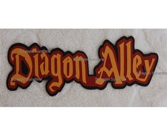 Universal Studios - Harry Potter - Diagon Alley Die Cut Title for Scrapbook Pages