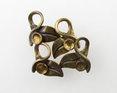 Vintage Leaf Charm Rhinestone Setting Antiqued Brass Ox Finding uvf0363 (4)